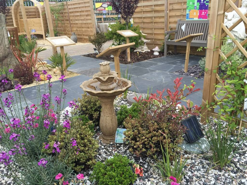 Coloured Stones For Gardens Decorative aggregates hollybush garden centre and aquaria img9375 workwithnaturefo
